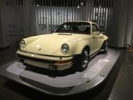 Porsche 911 Turbo 1